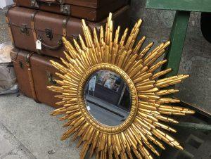 DIY : créez votre miroir soleil pour une déco rétro