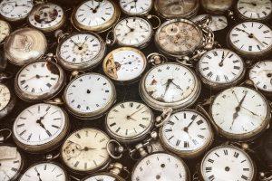Acheter une montre en brocante