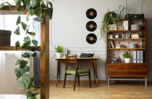 Read more about the article Toutes nos idées de déco avec de vieux vinyles !