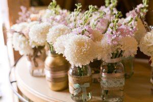 Read more about the article 5 objets à chiner pour un mariage vintage